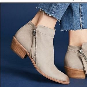Sam Edelman | Putty Leather Packer Ankle Bootie